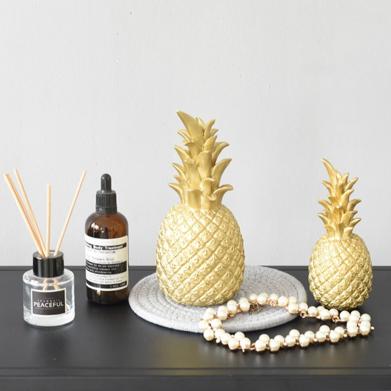 Nordic Golden Pineapple Sculpture Set