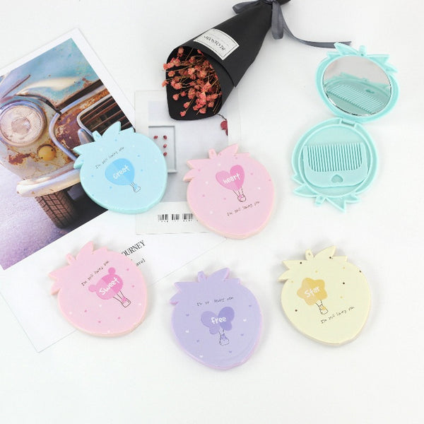 Portable Strawberry Mirror-Comb set