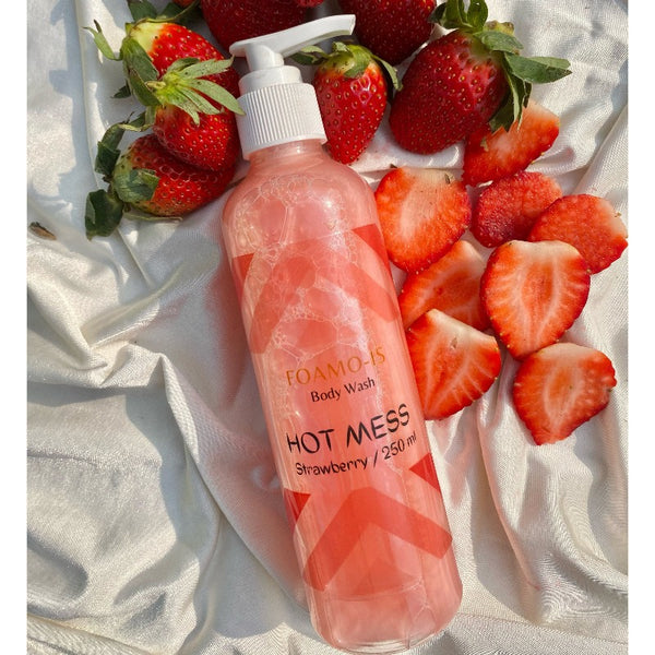 Pearly Strawberry Body Wash - Hot Mess