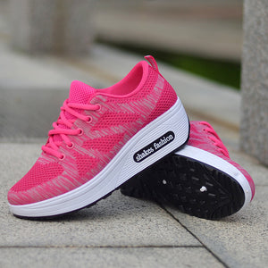 Women Flying Woven Sports Shoes