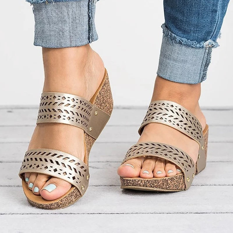 Burnt Flower Hollow Wedge Sandals