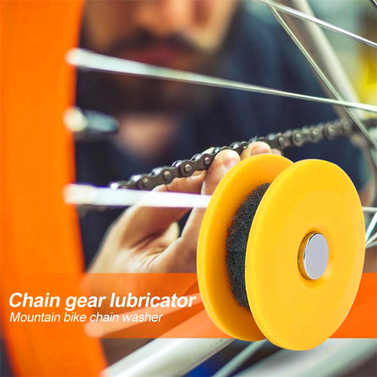 Bicycle Chain Lubricant Oil Roller (FREE LUBRICANT OIL)