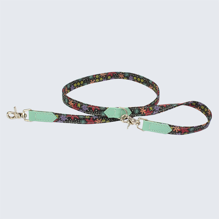 Christmas Snowflakes Cafe Dog Lead