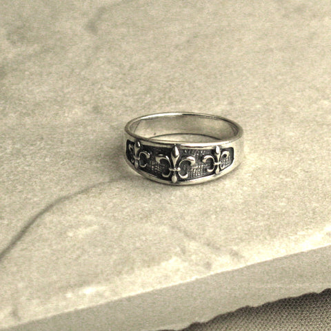 Fleur-de-Lis Sterling Silver Tapered Ring