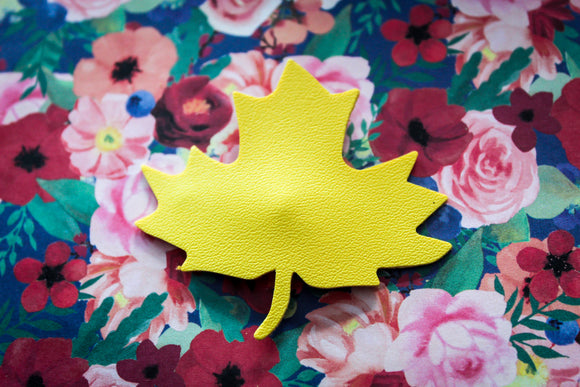 Yellow Maple Leaf Easter Clip