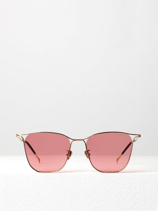 Projekt Produkt  / Capsule 2 / Rose Gold and Strawberry - I Visionari