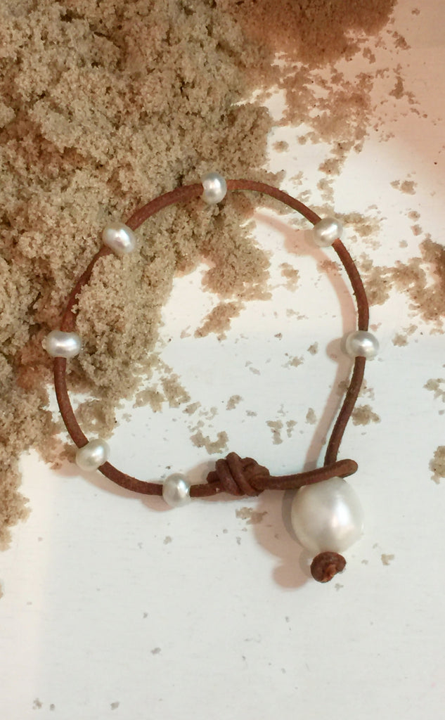 Tiny Bubbles Simplicity Bracelet | Allison Craft Designs
