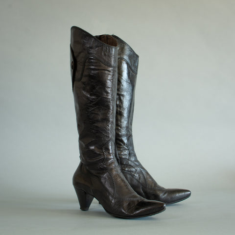 Leather Boots UK4