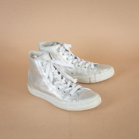 Converse Trainers UK6