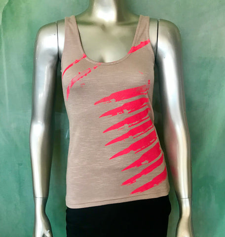 La Arma Femenina (The Feminine Weapon) Screen-printed Tank