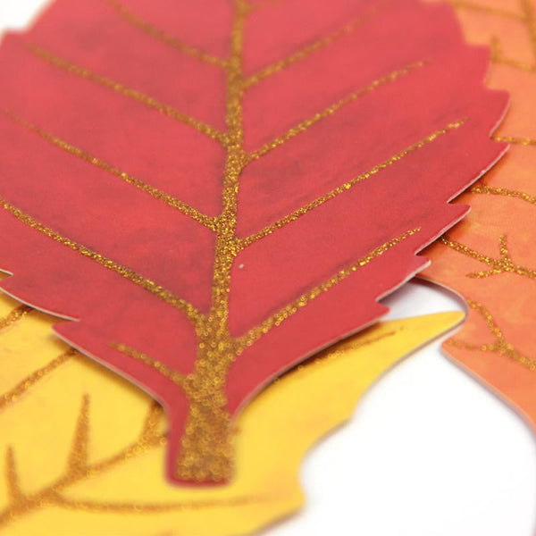 Thanksgiving maple leaf paper garland - Sunbeauty