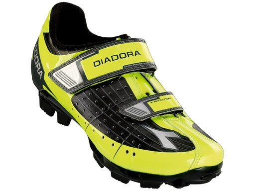 diadora x phantom jr clip shoes black yellow