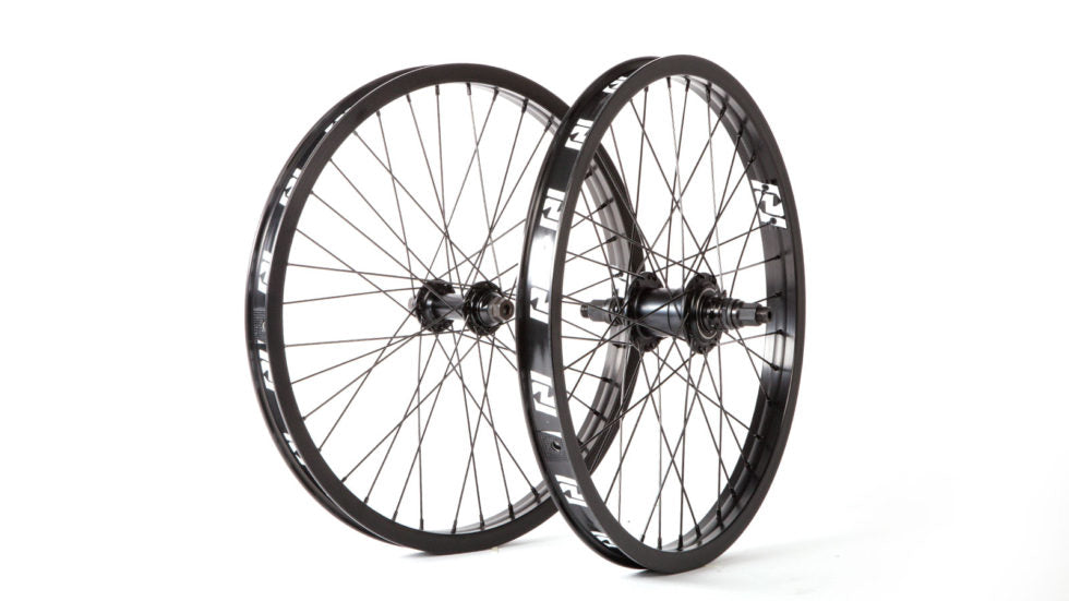 "Revenge Industries OEM 20"" Freecoaster Wheelset"