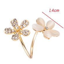 Load image into Gallery viewer, Charm Daisy Flower Crystal Rhinestone Ring