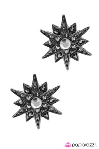 Paparazzi ♥ The Star of The Show - Silver ♥  Post Earrings