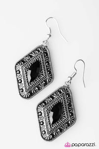 Paparazzi ♥ Two of a SHINE - Black ♥ Earrings