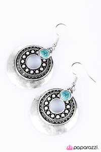 Paparazzi ♥ The Scenic Trail - Blue ♥  Earrings