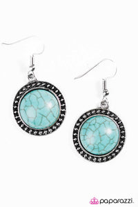 Paparazzi ♥ Hit The Ground Running - Blue ♥  Earrings