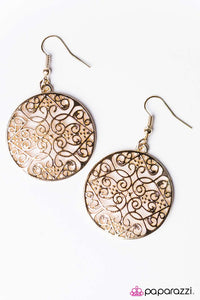 Paparazzi ♥ FILIGREE In The Details - Gold ♥ Earrings