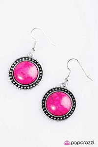 Paparazzi ♥ Hit The Ground Running - Pink ♥ Earrings