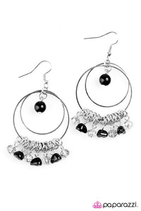 Paparazzi ♥ Pearly Intentions - Black ♥ Earrings