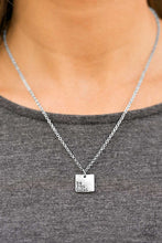 Load image into Gallery viewer, Paparazzi ♥ Just The Way You Are ♥  Necklace