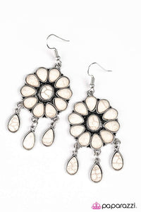 Paparazzi ♥ Stone Harmony ♥ Earrings