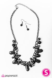 Paparazzi ♥ Mardi Gras Gala - Black ♥ Necklace