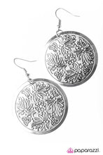 Load image into Gallery viewer, Paparazzi ♥ Floral Villa ♥ Earrings