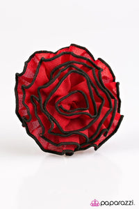 Paparazzi ♥ Wuthering Heights - Red ♥ Hair Clip