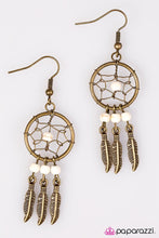 Load image into Gallery viewer, Paparazzi ♥ Desert Daze - White ♥ Earrings