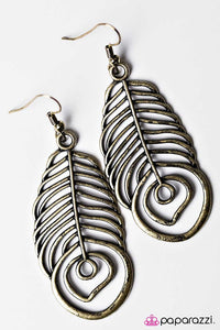 Paparazzi ♥ A Soaring Success - Brass ♥ Earrings