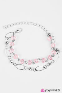Paparazzi ♥ Rich Beyond Your GLITZY-est Dreams - Pink ♥ Bracelet