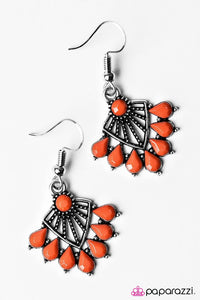 Paparazzi ♥ Find Me Under The Palms - Orange ♥ Earrings
