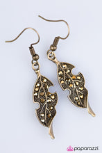 Load image into Gallery viewer, Paparazzi ♥ FALL-ow The Leader - Brass ♥ Earrings