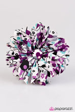Load image into Gallery viewer, Paparazzi ♥ Where Love Grows ♥ Hair Clip