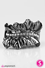 Load image into Gallery viewer, Paparazzi ♥ Ready To RUFFLE - Black ♥ Ring