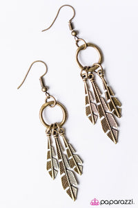 Paparazzi ♥ Pluck Up Your Courage - Brass ♥ Earrings
