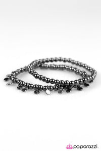 Paparazzi ♥ Move It Or Lose It - Black ♥ Bracelet