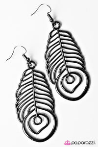 Paparazzi ♥ A Soaring Success - Black ♥ Earrings