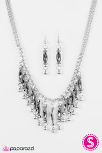 Paparazzi ♥ Flirting With Fringe - Silver ♥  Necklace