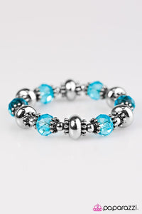Paparazzi ♥ GLEAM Girl - Blue ♥ Bracelet