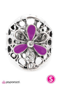 Paparazzi ♥ A Spoonful of Sparkle ♥ Ring