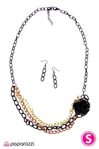 Paparazzi ♥ Rough Around the Edges - Black ♥ Necklace