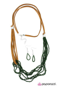 Paparazzi ♥ Dancing in the Desert - Green ♥ Necklace