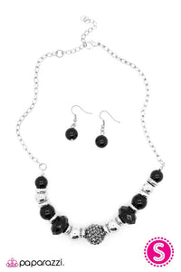 Paparazzi ♥ Fashionably Late ♥ Necklace