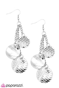 Paparazzi ♥ Prim and Patterned - Silver ♥ Earrings
