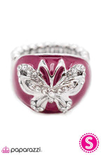 Load image into Gallery viewer, Paparazzi ♥ Flirtatiously Fluttering ♥ Ring