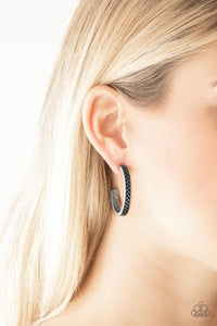 Paparazzi ♥ Rugged Retro - Silver ♥  Earrings