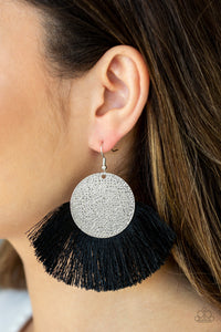 Paparazzi ♥ Foxtrot Fringe - Black ♥  Earrings